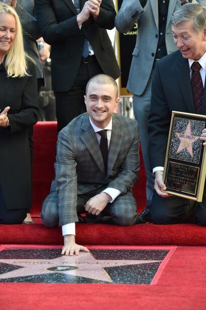 El actor recibió feliz su estrella en el Paseo de la Fama en Holl...