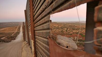 Cerco fronterizo en Campo, California, 60 millas al este de San Diego.
