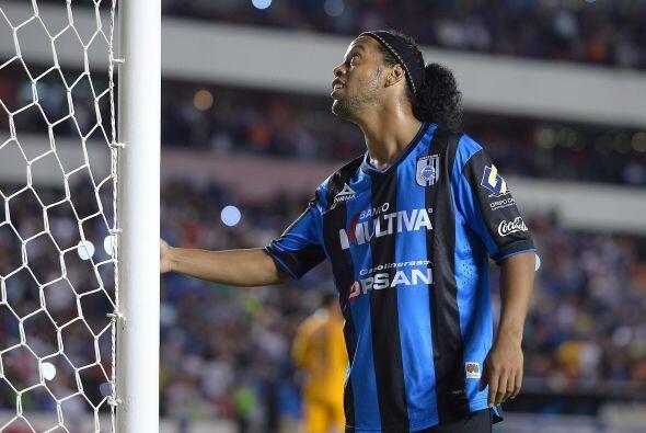 El brasileño busca reivindicarse con la afición de los Gallos tras errar...