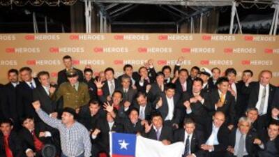 Los 33 mineros chilenos y sus rescatistas conmovieron al mundo entero co...