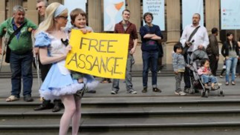 Cientos de manifestantes salieron a las calles en Sidney, Austalia, para...