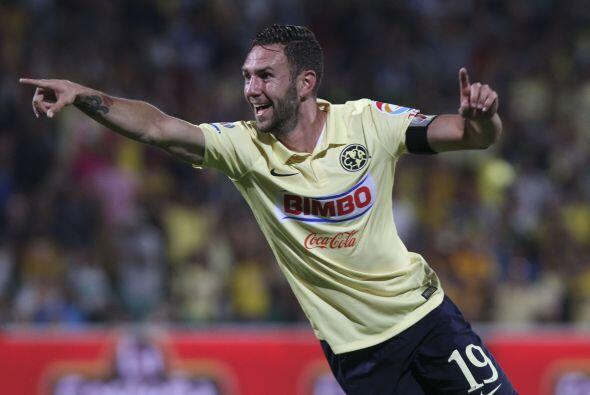 Miguel Layún también es uno de los famosos en Twitter con...