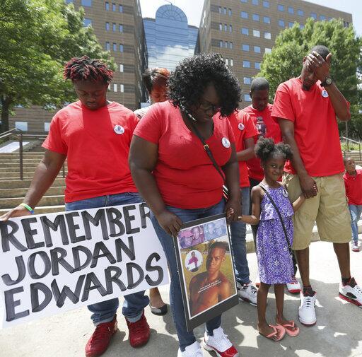 Jordan Edwards, un afroamericano de 15 años, murió baleado por un policí...