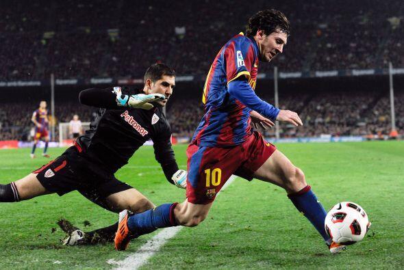Messi recortaba cinturas una y otra vez, pero el tanto individual para e...