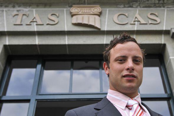 Sin embargo, Pistorius demostró exitosamente que las ventajas que recibí...