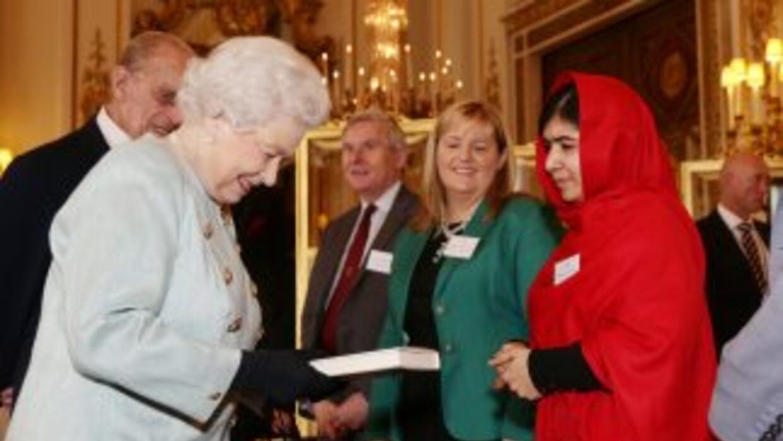 La joven de 16 años, a la que los talibanes dispararon en la cabeza por...