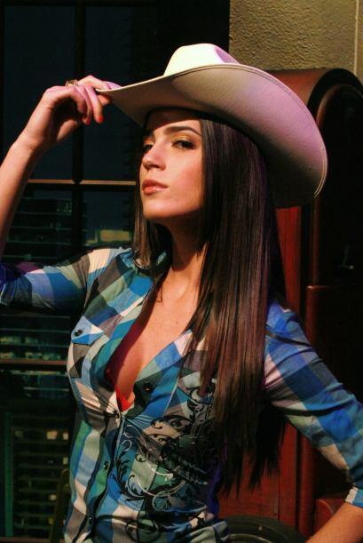 A Mi Amor este disfraz la hizo desear a un vaquero, ¿quién se apunta?