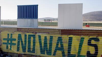 En fotos: Así se ven prototipos del muro de Trump desde Tijuana