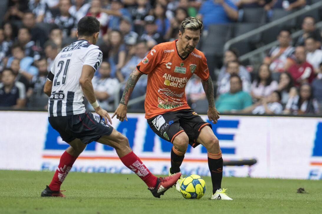 Monterrey es líder provisional tras golear a Chiapas Jesus Molina de Mon...