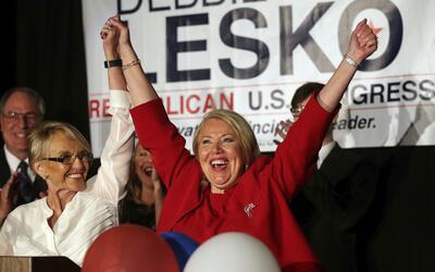 Debbie Lesko, candidata republicana a un escaño en el Senado por...