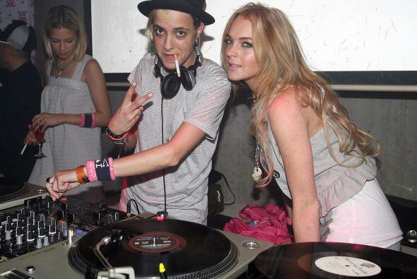 ¿Cómo olvidar cuando Lindsay Lohan salió con Samantha Ronson? Mira aquí...