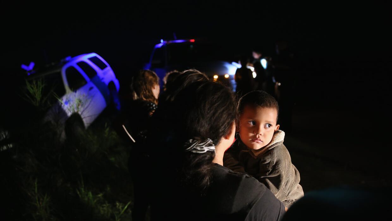 Indocumentados detenidos en la frontera con Texas