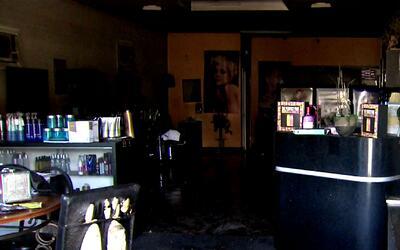 Incendio en peluquería de Lynwood habría sido causado por una bomba molotov