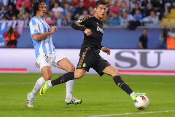 El Málaga intentó responder pero el conjunto de Mourinho no le dio chances.