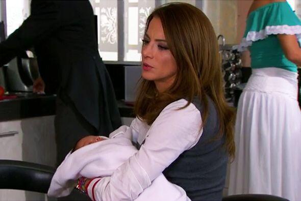 No te preocupes Ana, tu mamá sabe muy bien lo que hace y más vale tener...