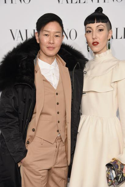 Actualmente, Jenni Shimizu ya está casada, con la socialité Michelle Har...