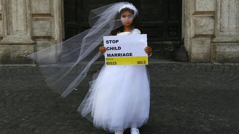 Las repercusiones sociales de la ley que permite a niñas salvadoreñas ca...