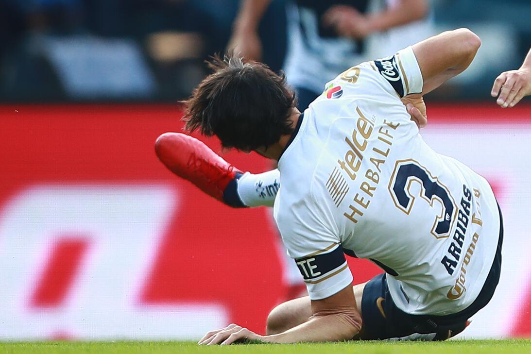 En Fotos: La escalofriante lesión de Alejandro Arribas gettyimages-93444...
