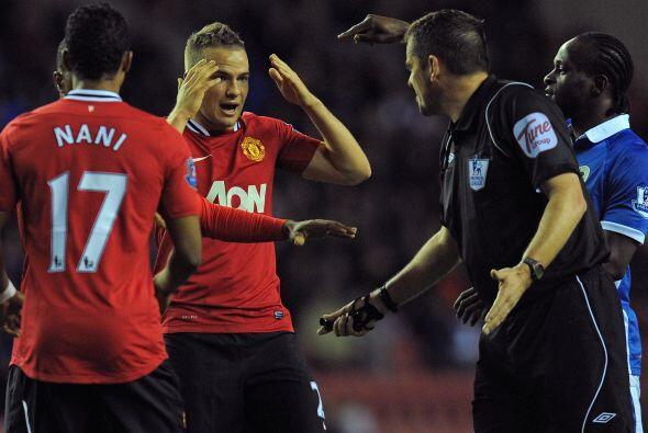 El tiempo pasaba y la desesperación del United era notoria.