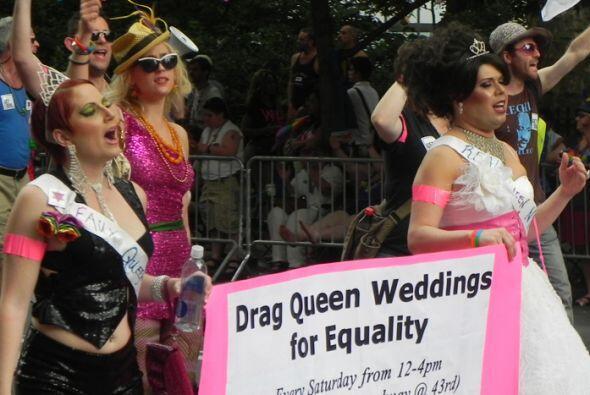 El Desfile del Orgullo en Nueva york b9479d76214445f4be78369ba9092961.jpg