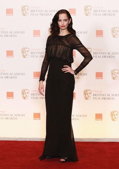 Eva Green es una mujer que ha sido víctima de los seductores gustos del...