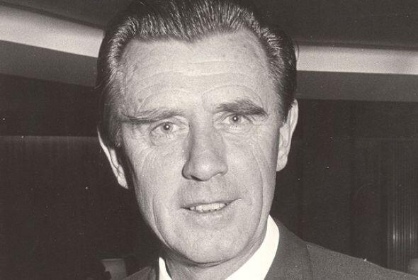 Cinco años después, en la temporada 1970-1971, el técnico inglés Vic Buc...