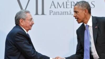 Raúl Castro y Barack Obama en su reunión el pasado abril en la VII Cumbr...