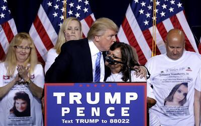 El magnate pronunciando su esperado discurso sobre inmigración en...
