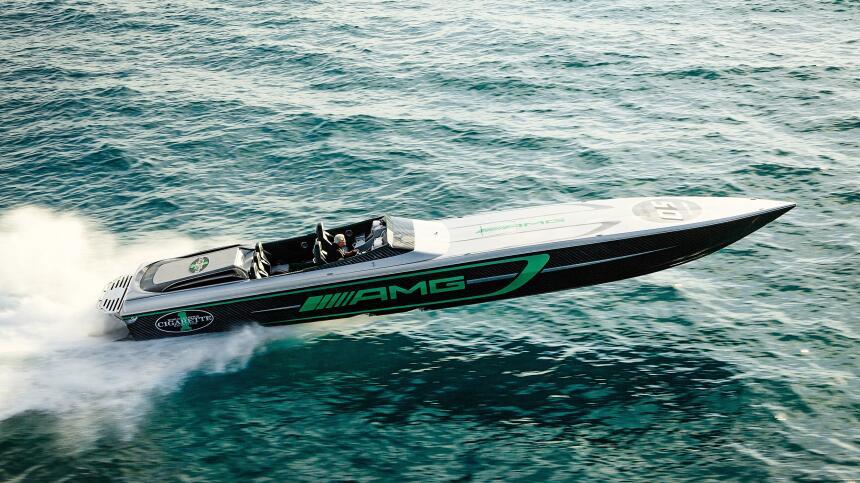 Este es el Marauder, el bote desarrollado por Cigarette Racing Team y AMG