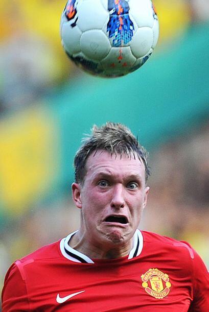 Igual el premio a la peor cara se lo lleva Phil Jones, del Manchester Un...