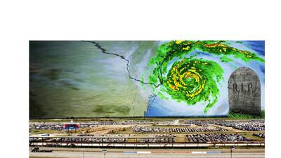 Aquí fueron a parar los autos inundados por el huracán Harvey en Texas