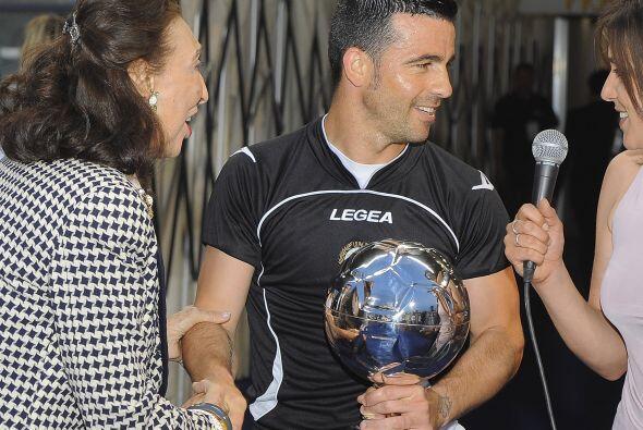 Pero Antonio Di Natale presumió que él sí recibió un trofeo más lindo, e...