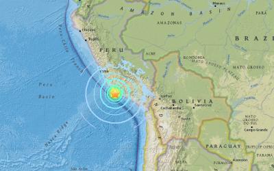 Un sismo de 7.1 en la escala de Richter sacudió las costas de Per...