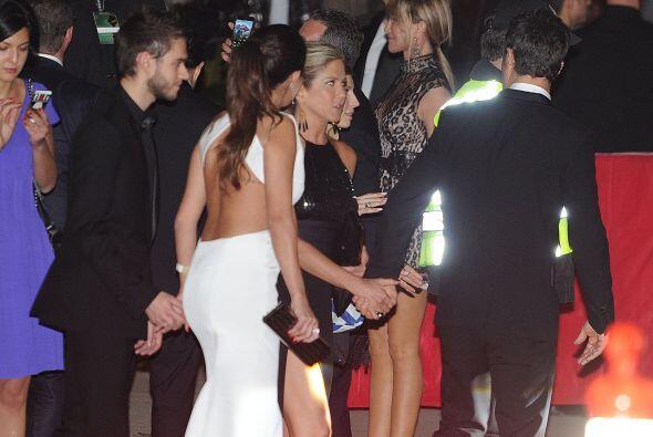 Selena apareció por primera vez con Zedd en los Golden Globes.