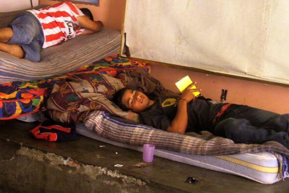 Desde sus países centroamericanos hasta EU pasan no solo días enteros; e...