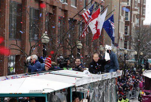 Este transporte es muy tradicional en Boston y se llaman 'Duck Boat' y d...