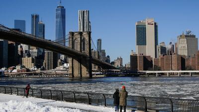 Mejores condiciones climáticas y cielos parcialmente despejados, el pronóstico para este viernes en Nueva York
