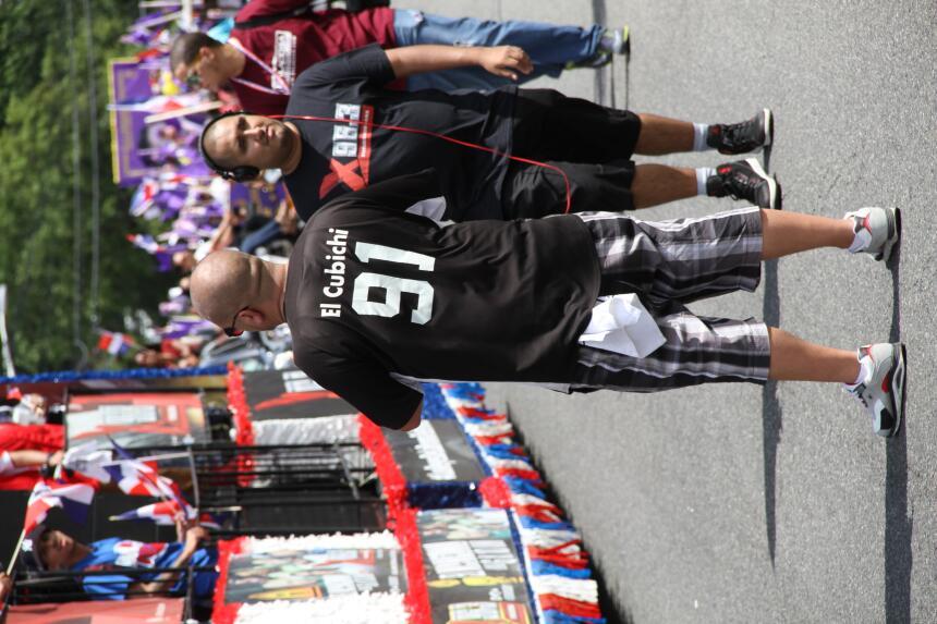 Celebra La X en el Desfile Dominicano en NJ IMG_1898.JPG
