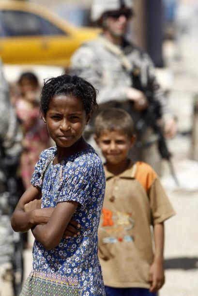 La guerra también ha dejado miles de niños huérfano...