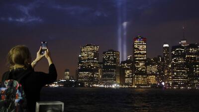 Nueva York rinde un emotivo homenaje a las víctimas de los ataques del 11 de septiembre
