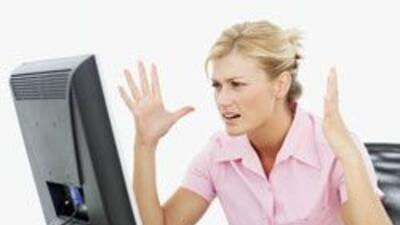 Millones de personas aman a Facebook, pero la red social también es odia...