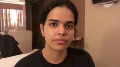 Huyó porque teme que su familia la mate: la desesperada solicitud de asilo de una joven que se atrincheró en un hotel
