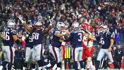 En fotos: En duelo de 'pistoleros' los Patriots vencen a los Chiefs, les quitan el invicto