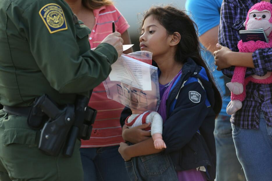 Los migrantes que más están abandonando su país en familia son los salva...