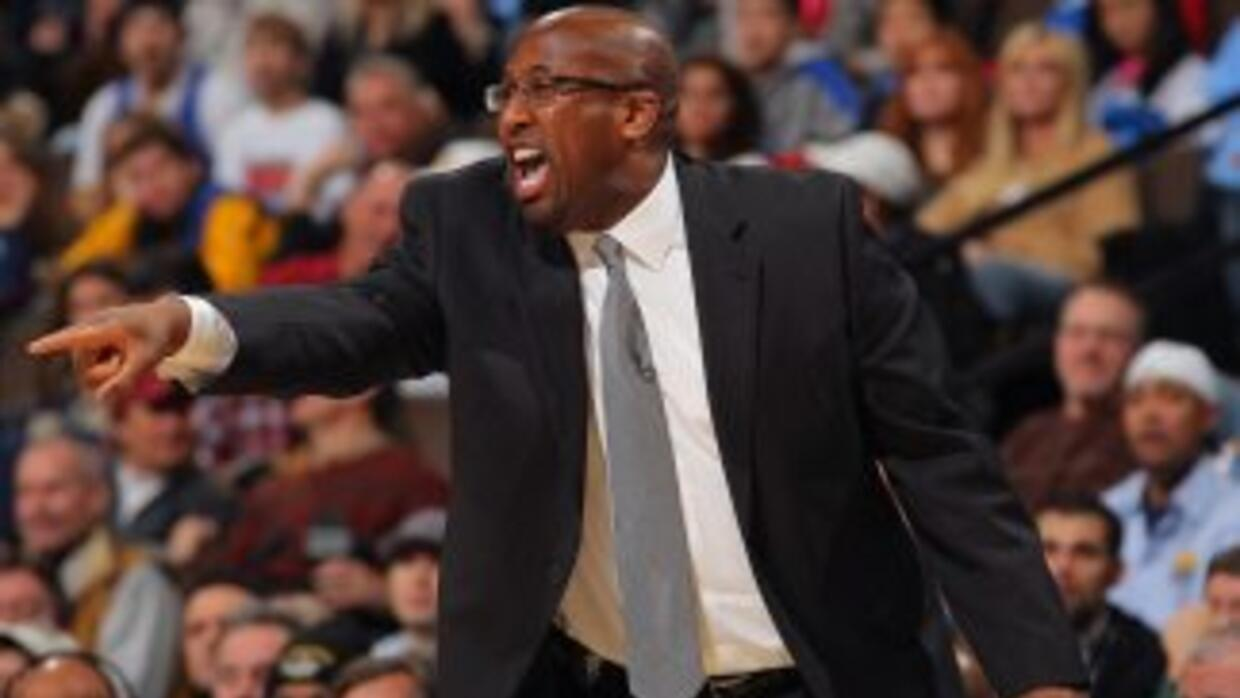 Mike Brown es suspendido un juego