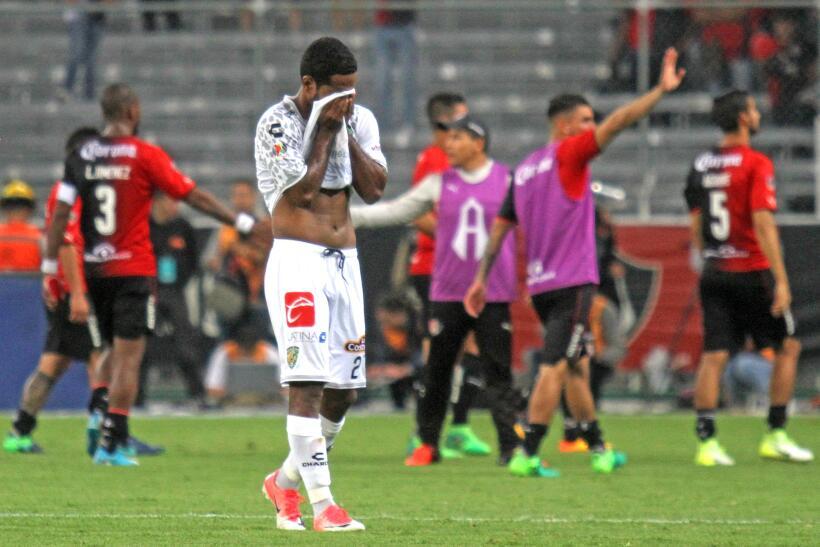 Reprobados y con cero en conducta: Pumas perdió con Puebla 20170506_2039...