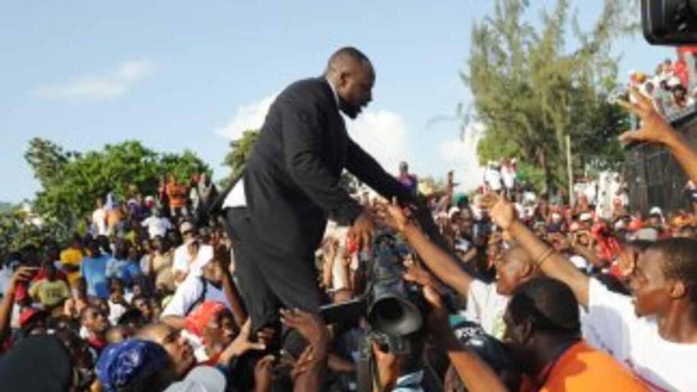 El cantante Wyclef Jean se registró como candidato para la presidencia d...