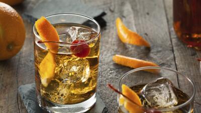 Deleita tus invitados con tu creatividad e ingenio con estas bebidas.
