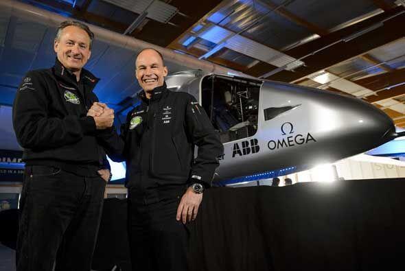 Solar Impulse 2 (Si2), el segundo prototipo de avión solar, fue p...