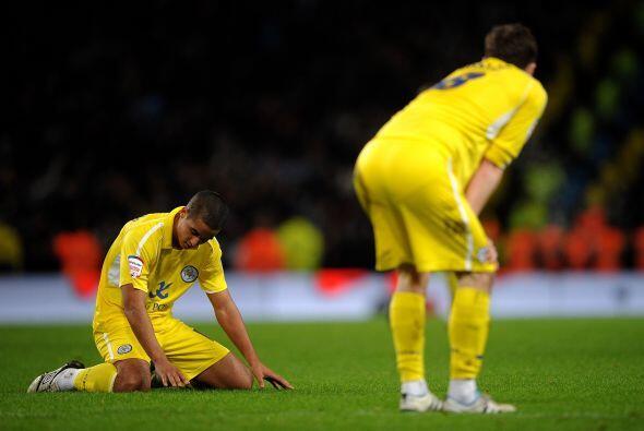 Decepción para el Leicester que soñó con avanzar.